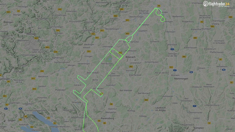 A German pilot tracks a massive injection on his recent flight in honor of the Coronavirus vaccination campaign
