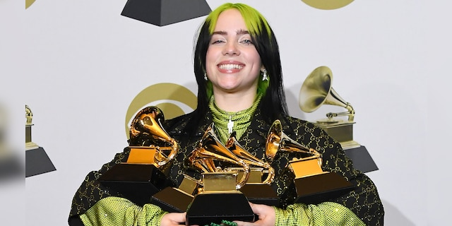 Billie Eilish appeared unfazed after losing 100,000 followers on Instagram after posting on the social media viral `` Post a Picture Of ''. (Photo by Steve Granitz / WireImage)