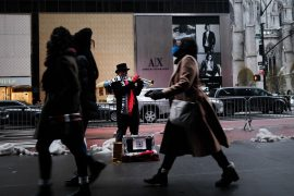 Private payrolls down unexpectedly by 123,000 in December: ADP