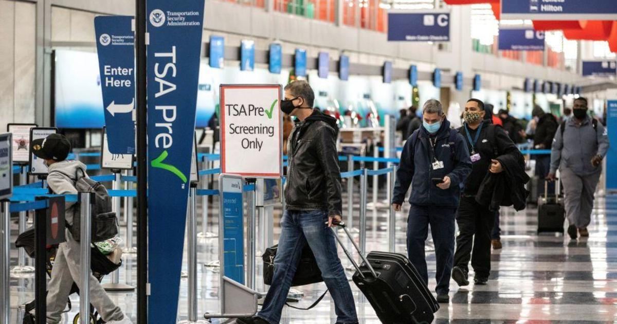A man was arrested at O'Hare airport after living there for 3 months because he was afraid to fly due to COVID-19