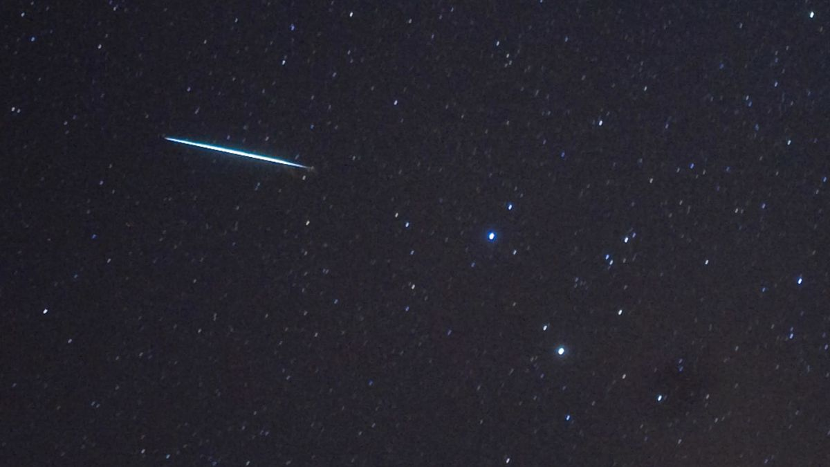 Meteorites since the beginning of the solar system may have carried water recently