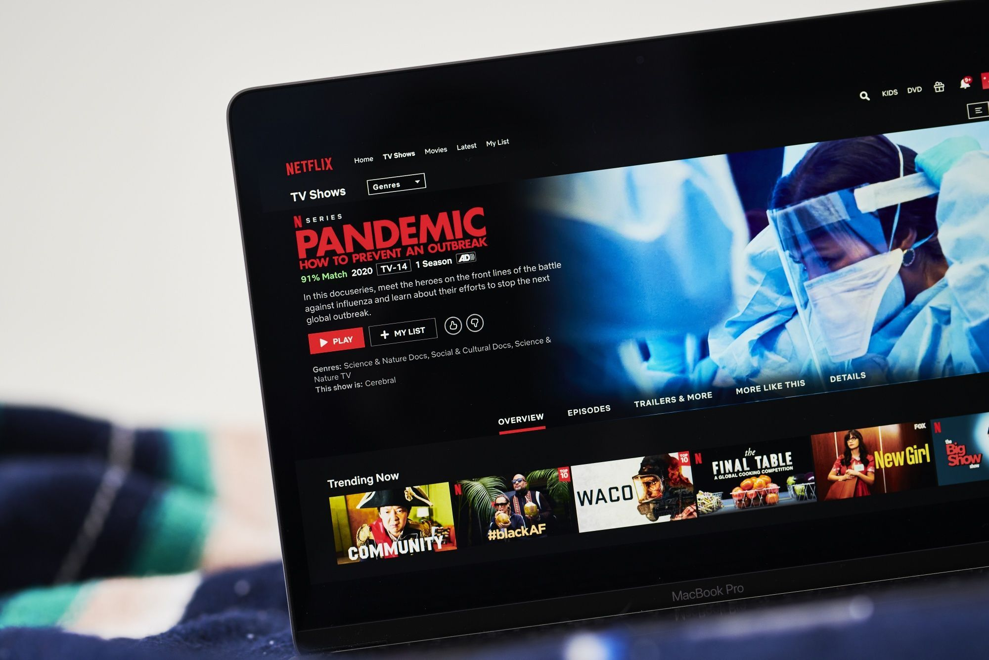 Netflix sets a record after subscribing to more than 200 million