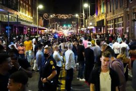 New Years Eve parties crowded in Tampa Bay on the same day Florida broke the record for the Corona virus