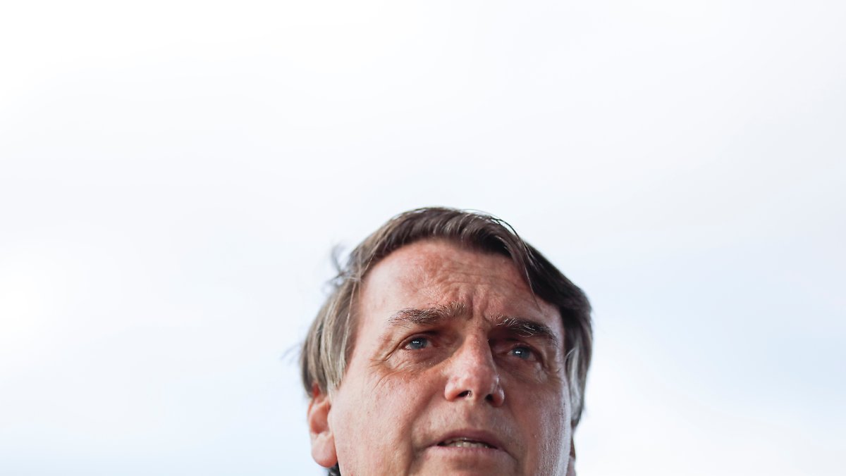 'The Meltdown': A terceira onda do Brasil atinge Bolsonaro